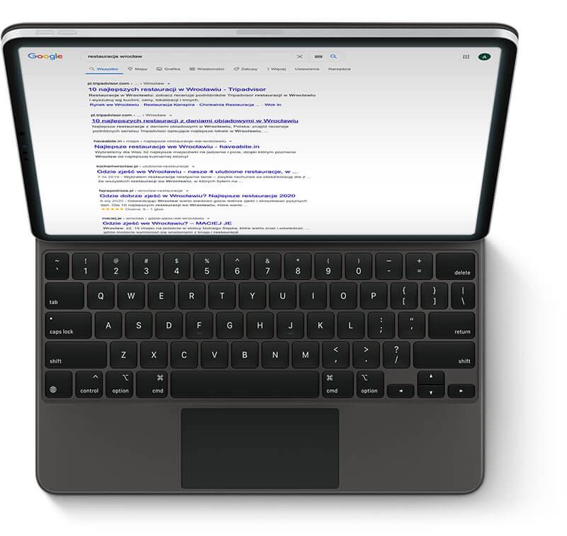 Komputerami z wynikami naturalnymi Google